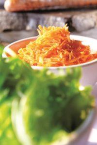 salat-bar-barbekyu-barvysta-demonstratsiya-vitaminiv-3