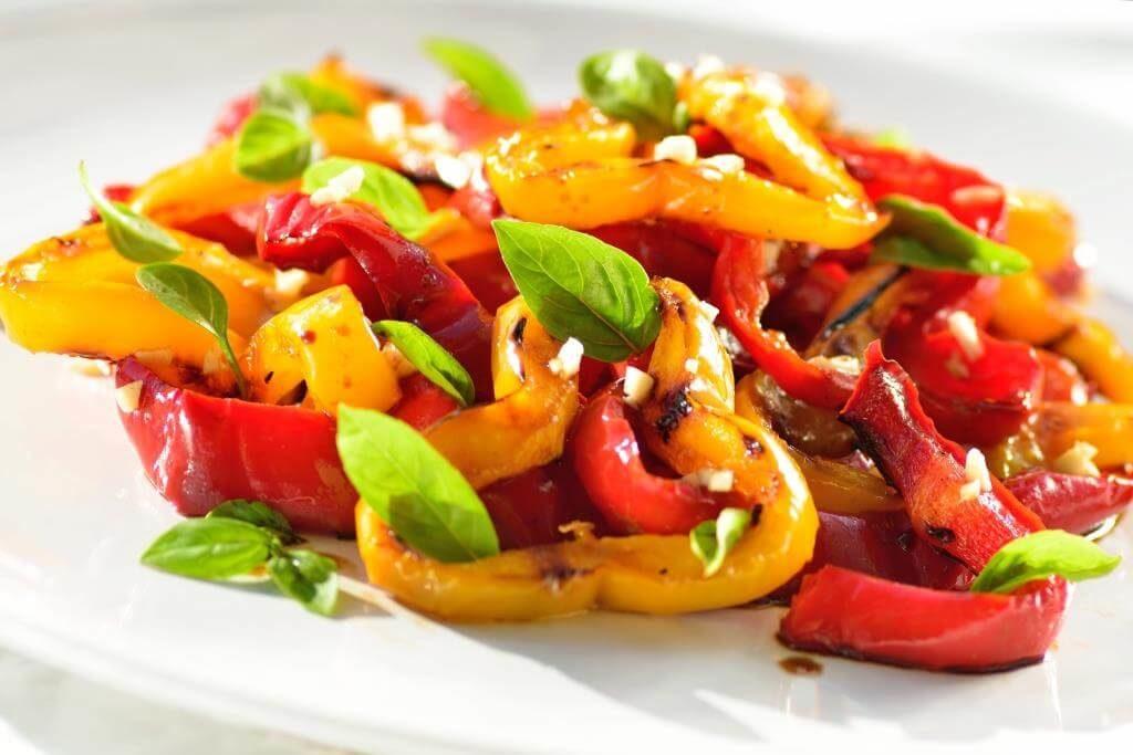 salaty-na-zymu-sim-prostyh-retseptiv-8