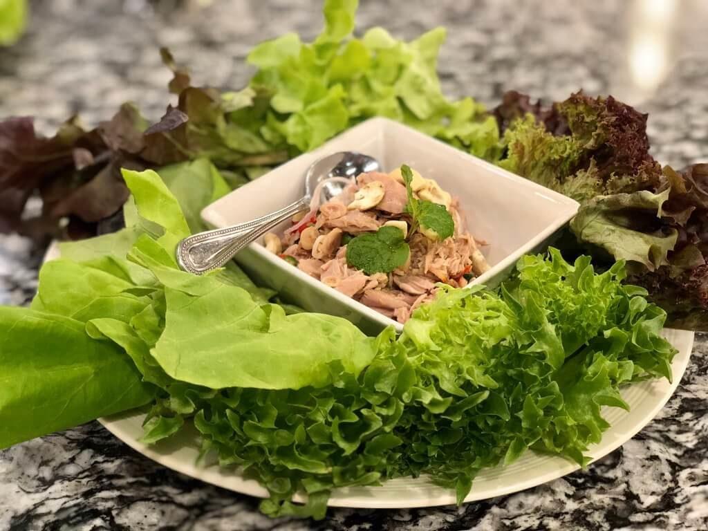 dyvovyzhni-salaty-z-tuntsya-dobirka-retseptiv-yak-prygotuvaty-salat-iz-tuntsem-na-svyata-j-kozhen-den-5