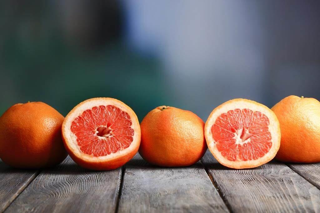 top-10-faktiv-chym-korysnyj-grejpfrut-vitaminy-v-grejpfruti-takozh-shkidlyvi-vlastyvosti-8