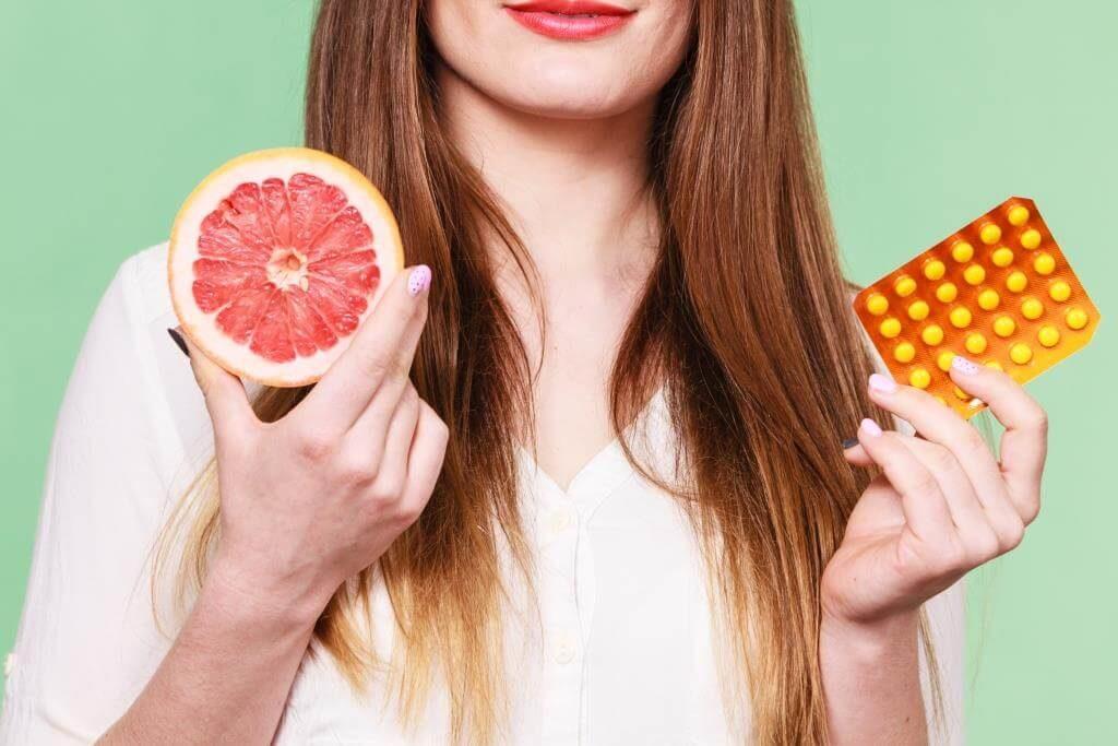 top-10-faktiv-chym-korysnyj-grejpfrut-vitaminy-v-grejpfruti-takozh-shkidlyvi-vlastyvosti-5