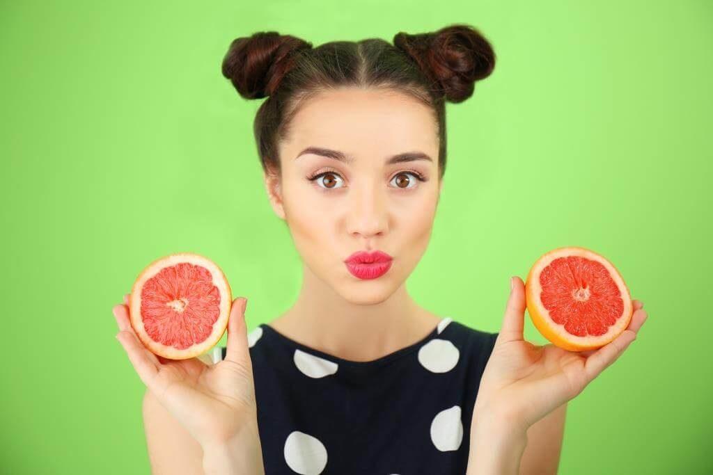 top-10-faktiv-chym-korysnyj-grejpfrut-vitaminy-v-grejpfruti-takozh-shkidlyvi-vlastyvosti-7
