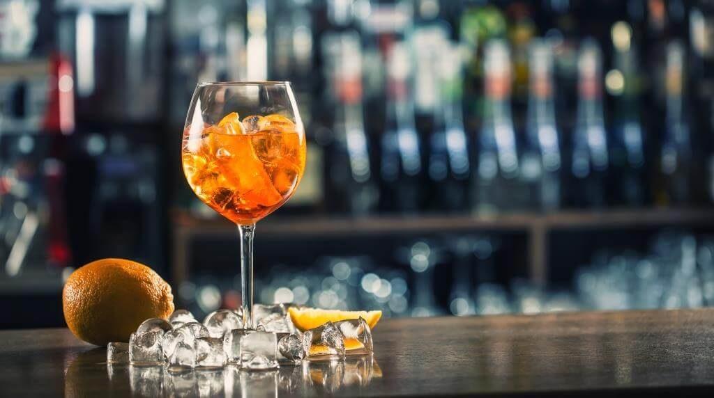 10-idealnyh-koktejliv-z-aperol-spritz-8