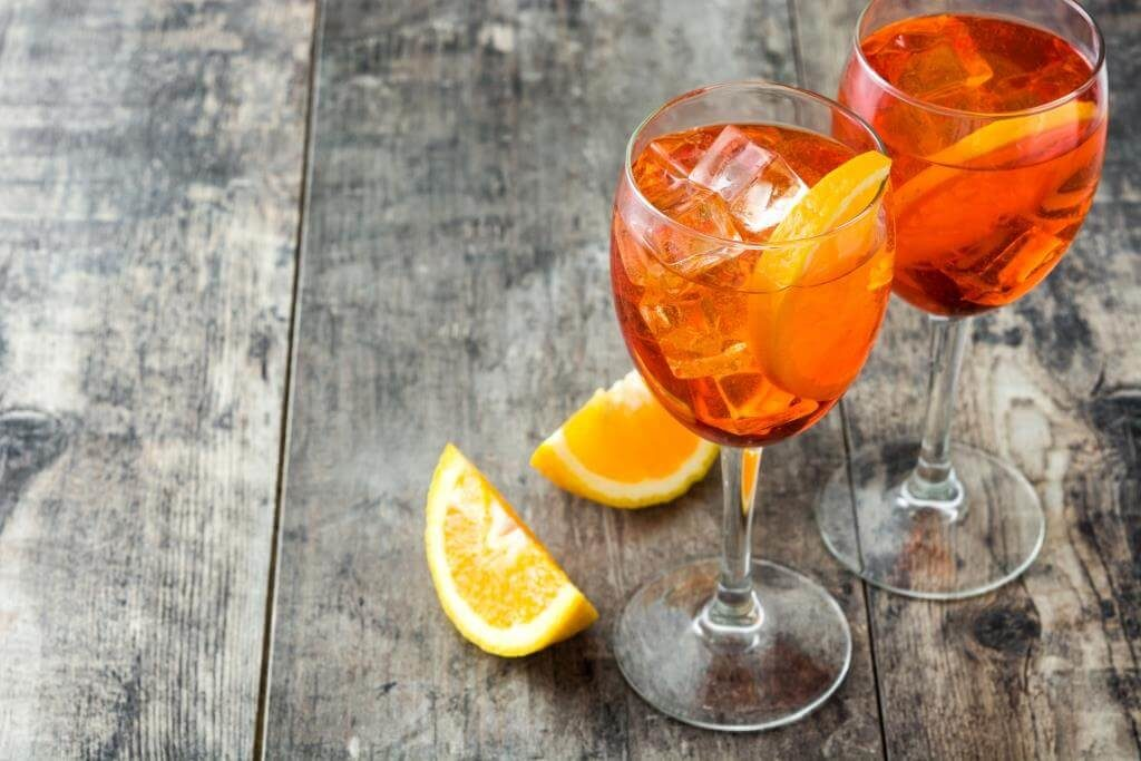 10-idealnyh-koktejliv-z-aperol-spritz-3