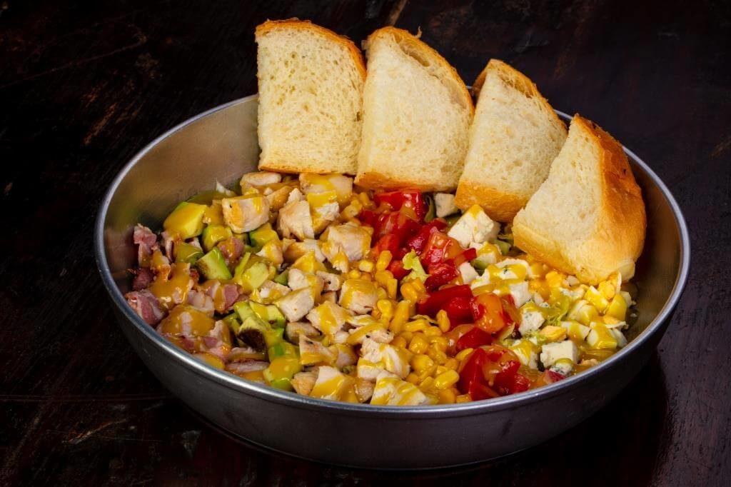 salaty-zi-svizhoyu-kukurudzoyu-sokovyti-vitaminni-stravy-4