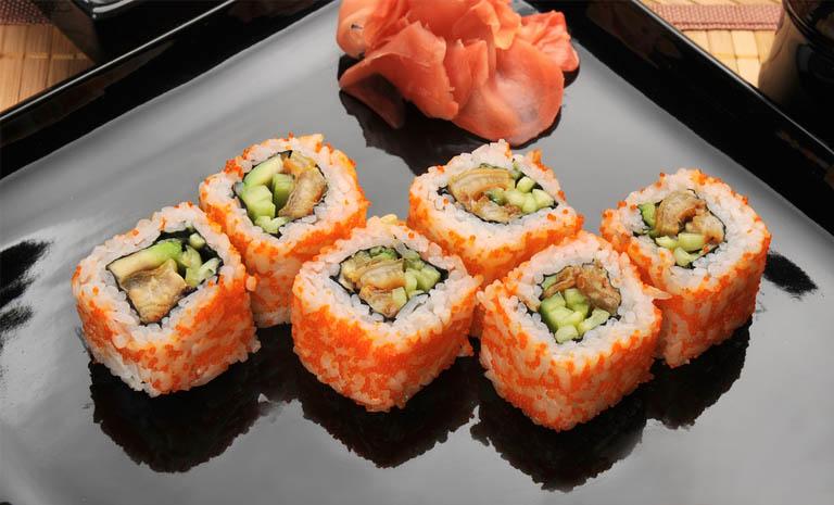 yak-prygotuvaty-sushi-vdoma-prosti-retsepty-smachnyh-strav-5