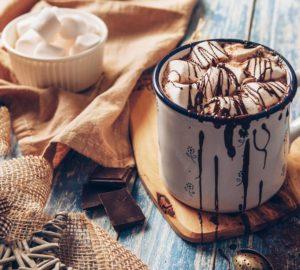 garyachyj-shokolad-retsepty-prygotuvannya-v-domashnih-umovah-1