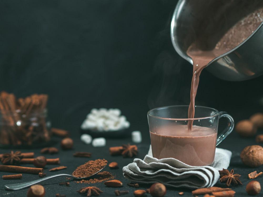 garyachyj-shokolad-retsepty-prygotuvannya-v-domashnih-umovah-3
