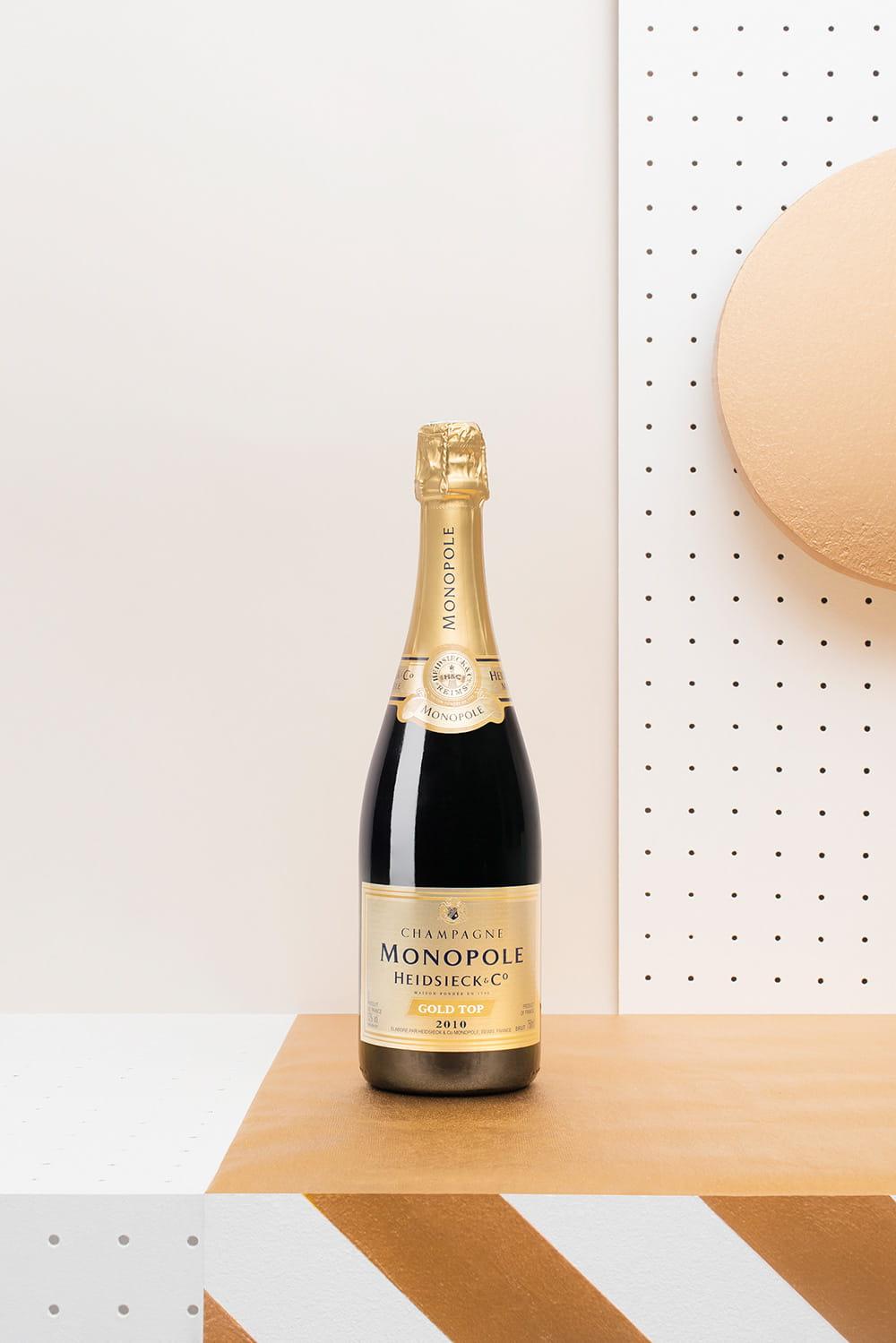 chas-pyty-shampanske-7-igrystyh-vesnyanyh-novynok-vid-metro-2