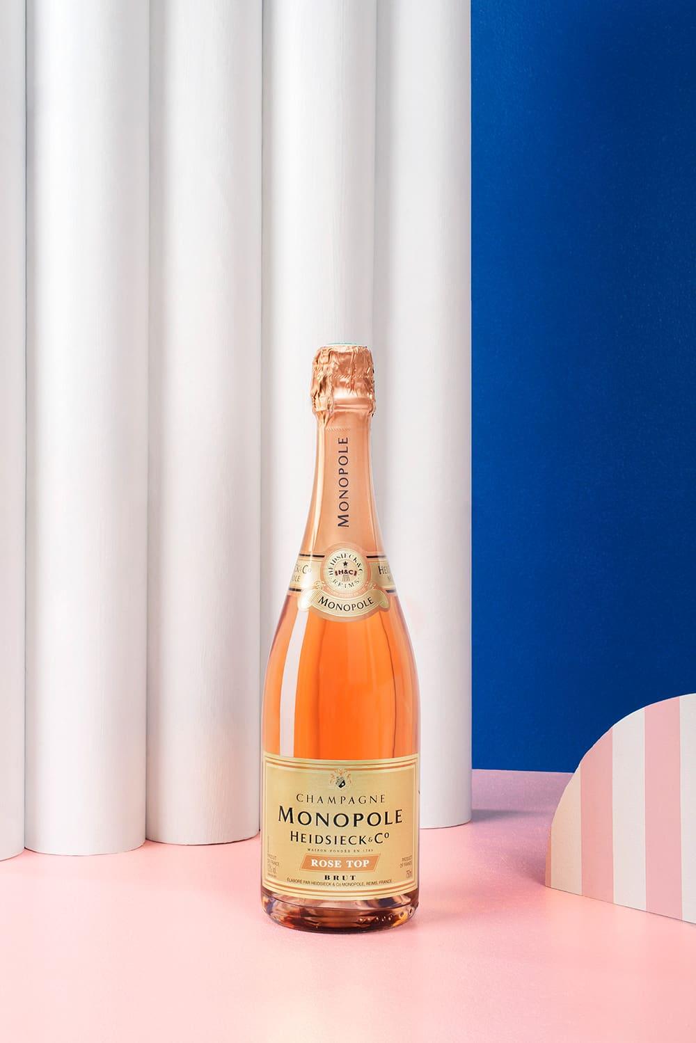 chas-pyty-shampanske-7-igrystyh-vesnyanyh-novynok-vid-metro-3