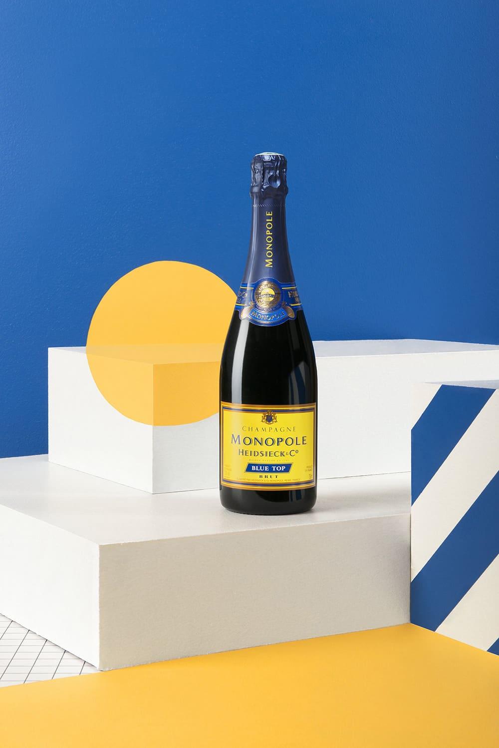 chas-pyty-shampanske-7-igrystyh-vesnyanyh-novynok-vid-metro-1