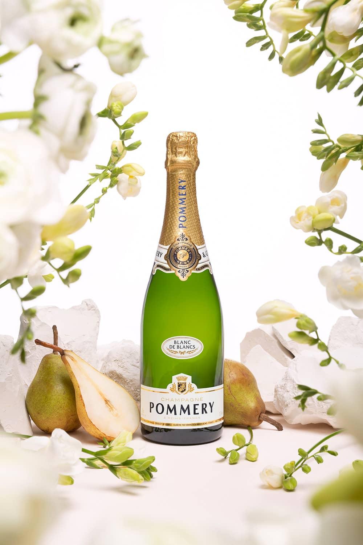 chas-pyty-shampanske-7-igrystyh-vesnyanyh-novynok-vid-metro-4