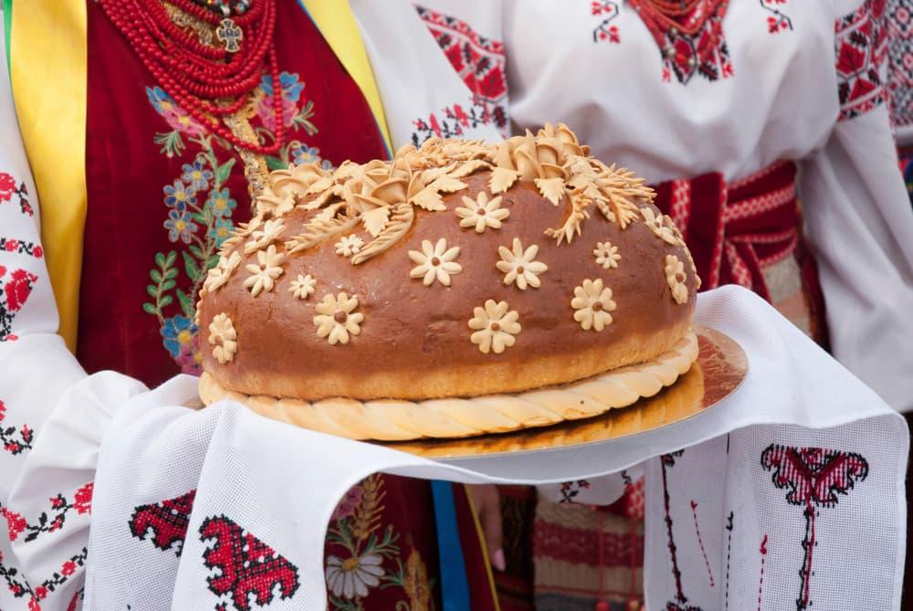 trijtsya-shho-roblyat-na-zeleni-svyata-4