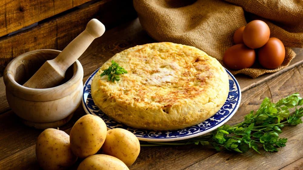 gotuyemo-smachnyj-korysnyj-ta-legkyj-omlet-z-ovochamy-6