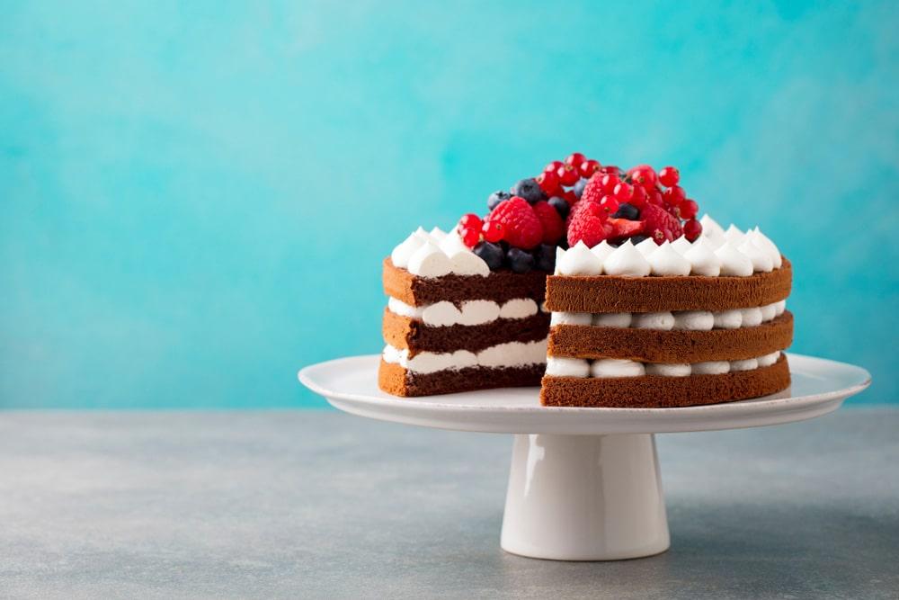 gotuyemo-biskvitnyj-tort-2