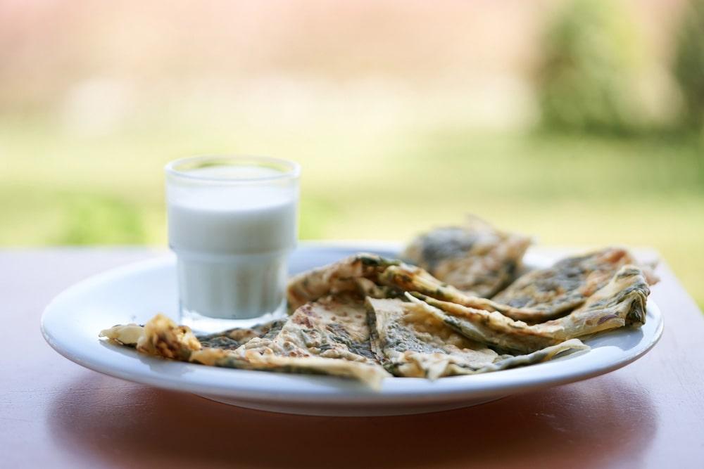 gotuyemo-apetytni-mlyntsi-na-kefiri5