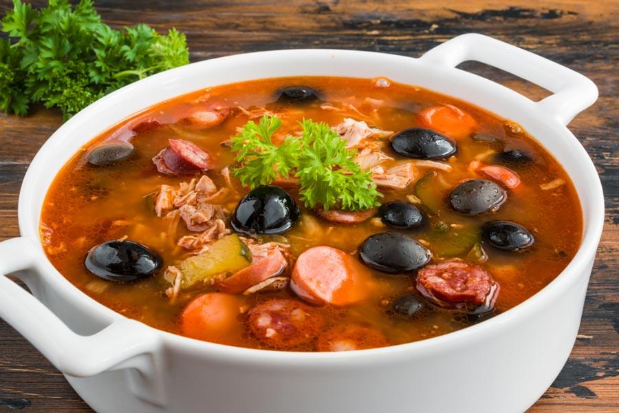retsept-solyanky-tradytsijnyj-diyetychnyj-abo-restorannyj1