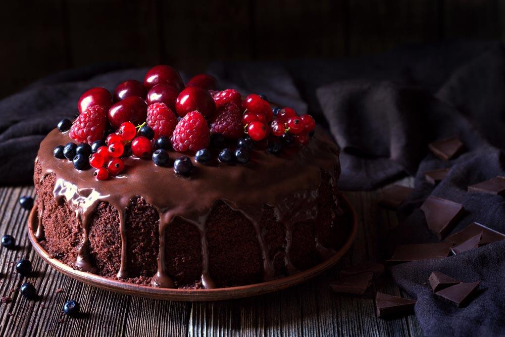 gotuyemo-vyshukanyj-pisnyj-shokoladnyj-tort