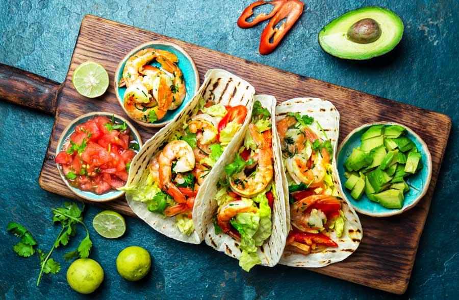 yak-prygotuvaty-meksykanskyj-salat-osvoyuyemo-oryginalni-retsepty