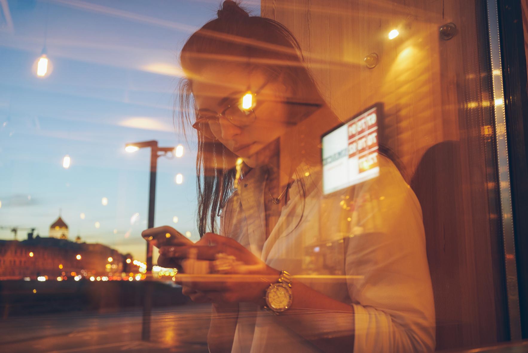 tsyfrovi-vyvisky-digital-signage-v-restorannomu-biznesi